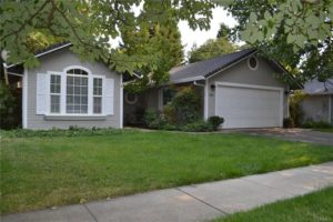 SOLD!   Great home with 4 bedrooms and 2 baths!   805 Pensetmon Way.   Chico, CA   $327,000